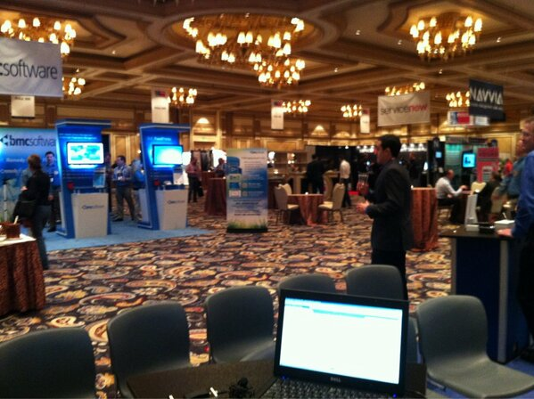 It's the calm before the storm on the #pink13 exhibition floor http://pic.twitter.com/rfMFGxTp