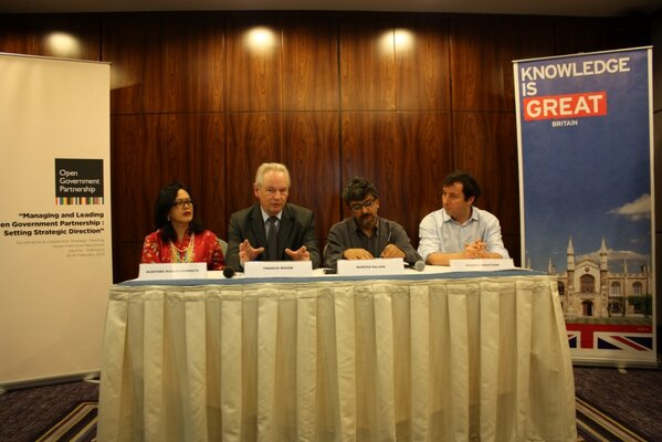 Open Government Partnership - Governance and Leadership Strategy Session Press conference @opengovpart http://pic.twitter.com/LQS0jfMi