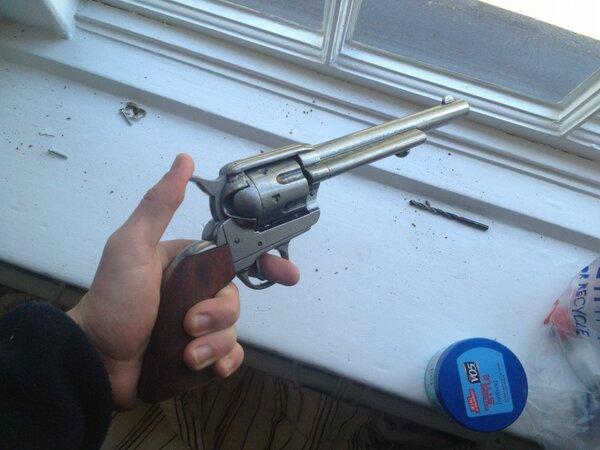@benjicox13 you'll appreciate my new toy #.45 #mynameisjohnmarston pic.twitter.com/7DlZOkjt