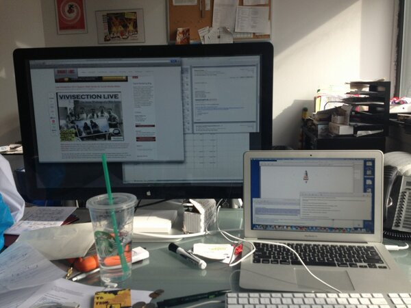 Follow along as @kontonis tweets #SMW13 RT @nyuwassemployer: Logging into my command center #dayinthelife http://pic.twitter.com/cWy1KRK4