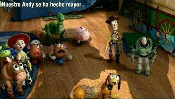 "RT @toritoquique: ""Toy Story 4"" llega en 2015, aquí una primera imagen de la peli, dónde Andy se ha hecho mayor, muy mayor... http://pic.twitter.com/UuMpnA02"