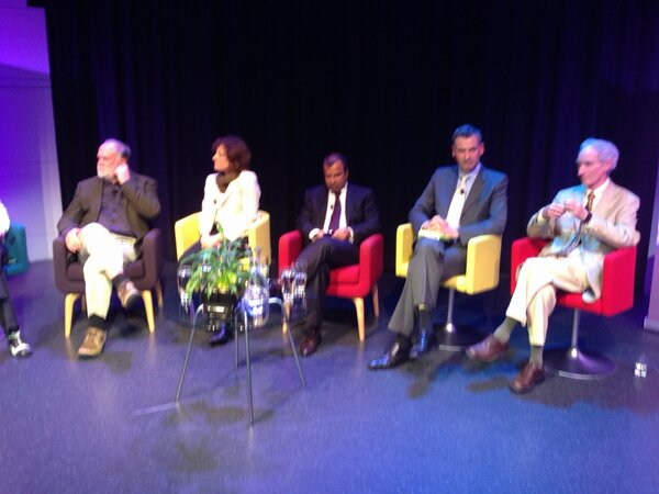Ideas and Influence forum underway at Questacon to top off @TERN_Aus Symposium #ACEAS http://pic.twitter.com/EuVVeLck