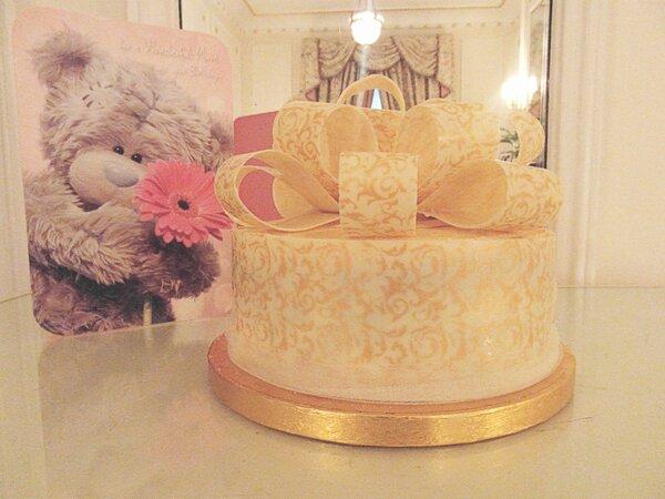 Admirable We Deserve Cake On Twitter Moms 50Th Birthday Cake Gluten Personalised Birthday Cards Veneteletsinfo