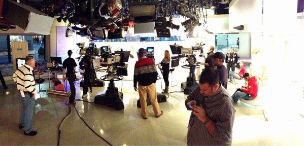 Inside @todayshow #SteveInToday http://pic.twitter.com/iJYLVA3ZmM