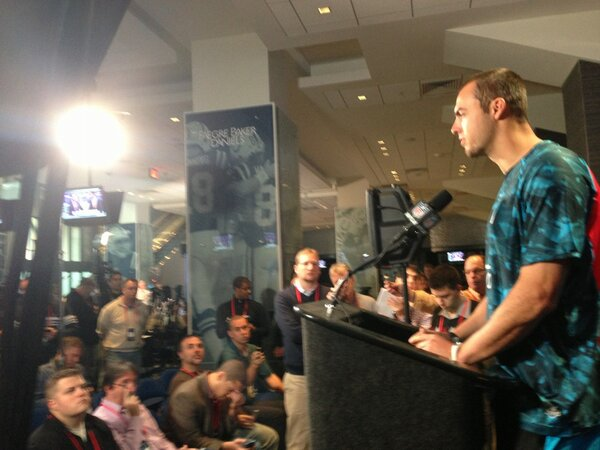 Hey @jpshadrick, seems like Landry Jones is wearing Jags colors too http://pic.twitter.com/5zcPZgdgic #Sooners