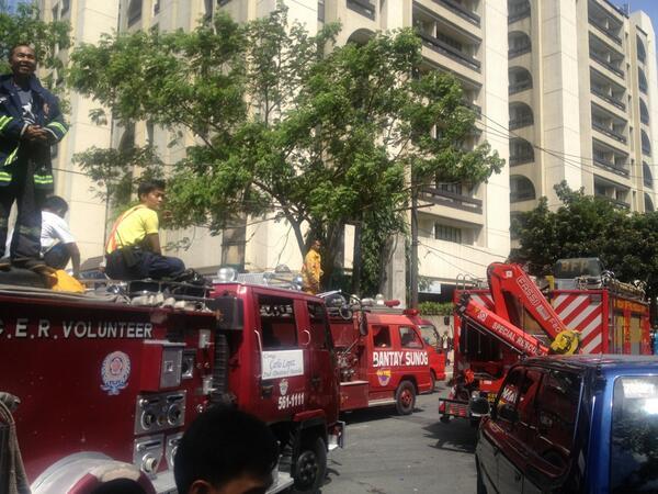 Twitter / dennis_datu: Firetrucks patuloy sa pagdating ...