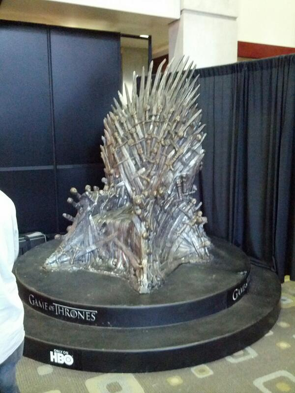 Twitter / PeterAshamalla: Wait, if the throne is here ...