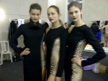 @IsabeliFontana1 , Karmen Pedaru, and ME backstage at @anthonyvacc show feeling very free ;) http://t.co/ChUFMHJxgw