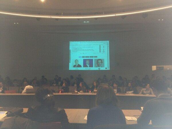 #digitalFR : cette belle conférence devrait faire salle comble... http://pic.twitter.com/DD0UfsXeik