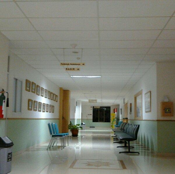 Dr Andhyka Sedyawan On Twitter Sepinya Rumah Sakit Pada Malam