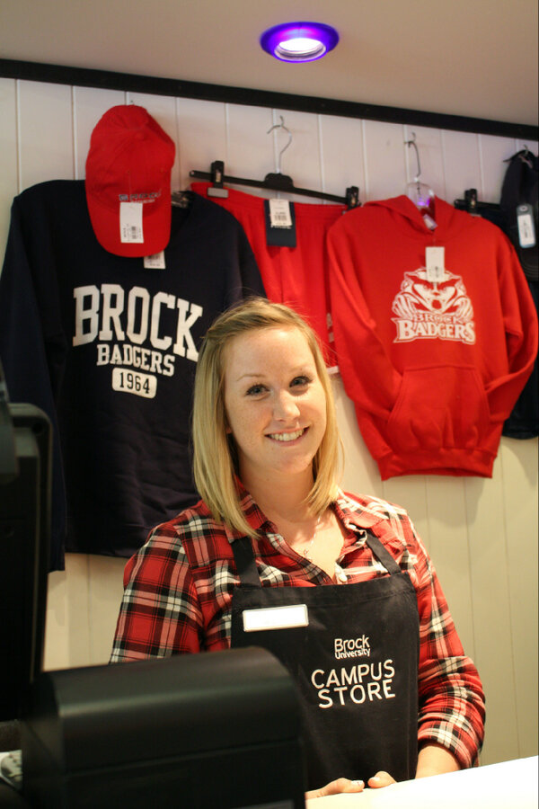 The Brock Badger Shop is located right by Hotspot #2 at todays #BrockOpenHouse. Come take a look! #BrockU http://pic.twitter.com/Fw00iptTSu