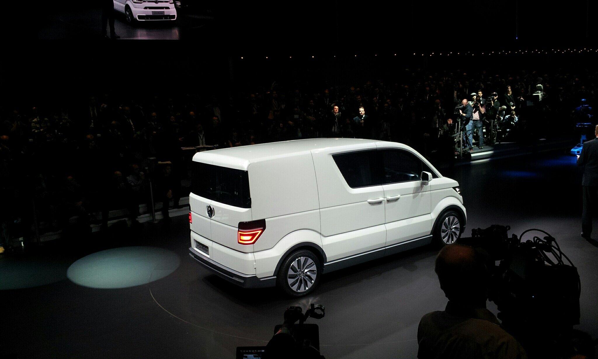 2013 - [Volkswagen] e-Co-Motion Concept BEicyn5CIAAflcz