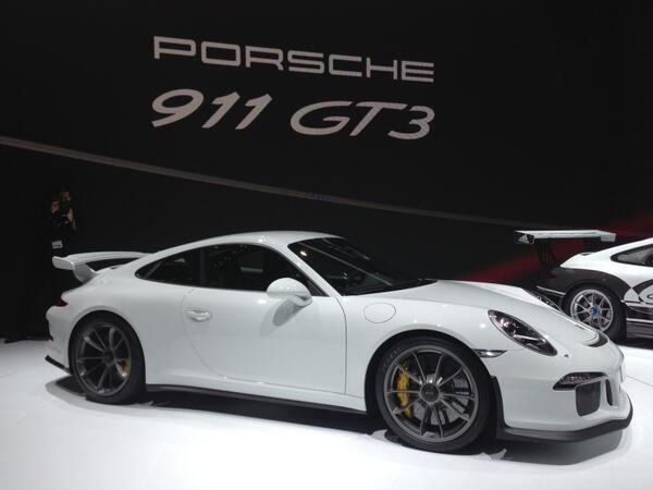 Twitter / saddbaynes: Take a look at the New Porsche ...