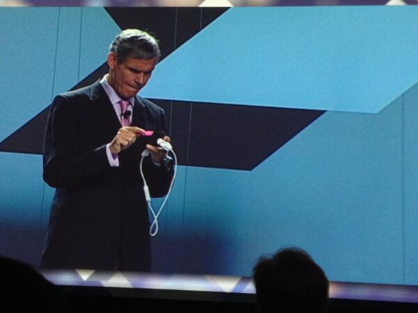 @EricTopol getting down with his #QSelf on stage at #HIMSS13 #Awesome! http://pic.twitter.com/7gyZo7D83r