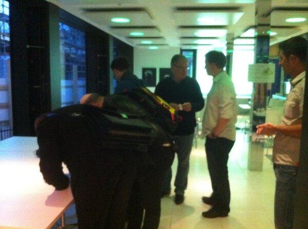 Die ersten Gäste sind da! #geobeerCH http://pic.twitter.com/XhCawIDX3F