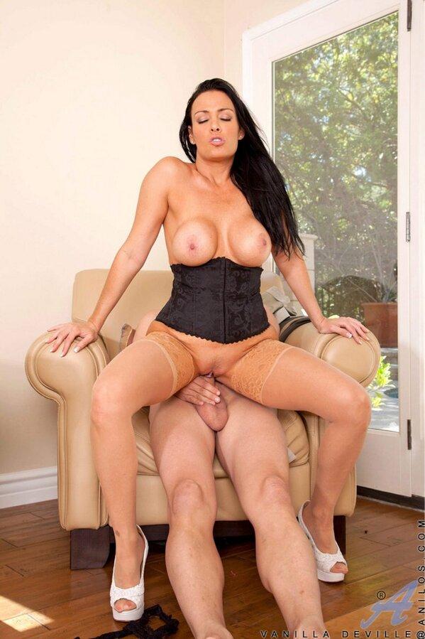 Sexy women in hardcore porn
