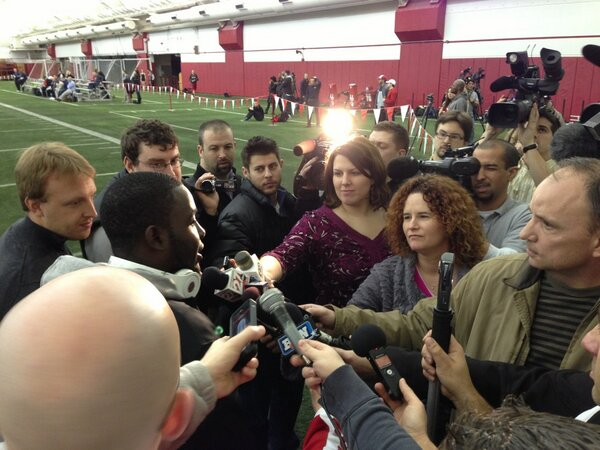 Yeah that's @M_Ball28 in that media crowd at #Badgers #ProDay http://pic.twitter.com/kdf08SOJdf