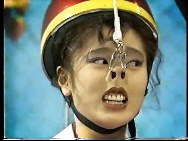 """টুইটারে にゃお♡: """"篠原涼子がお笑いでヨゴレ芸人だったこと、今の若いコは知らないんだろうな。。。鼻フックのイメージしか無いw #ごっつええ感じ http://t.co/iU4UfJWpbc"""""""