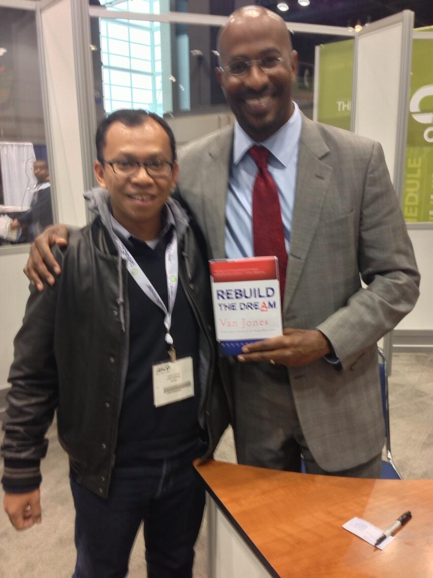 Twitter / asyafa: With Van Jones, author of Rebuild ...