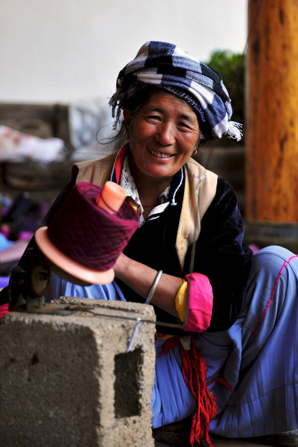 #MDGMomentum: Over 10,000 ppl of 27 ethnic minority areas in China got trained in handicraft & business skills: pic.twitter.com/xysG3cfaVN