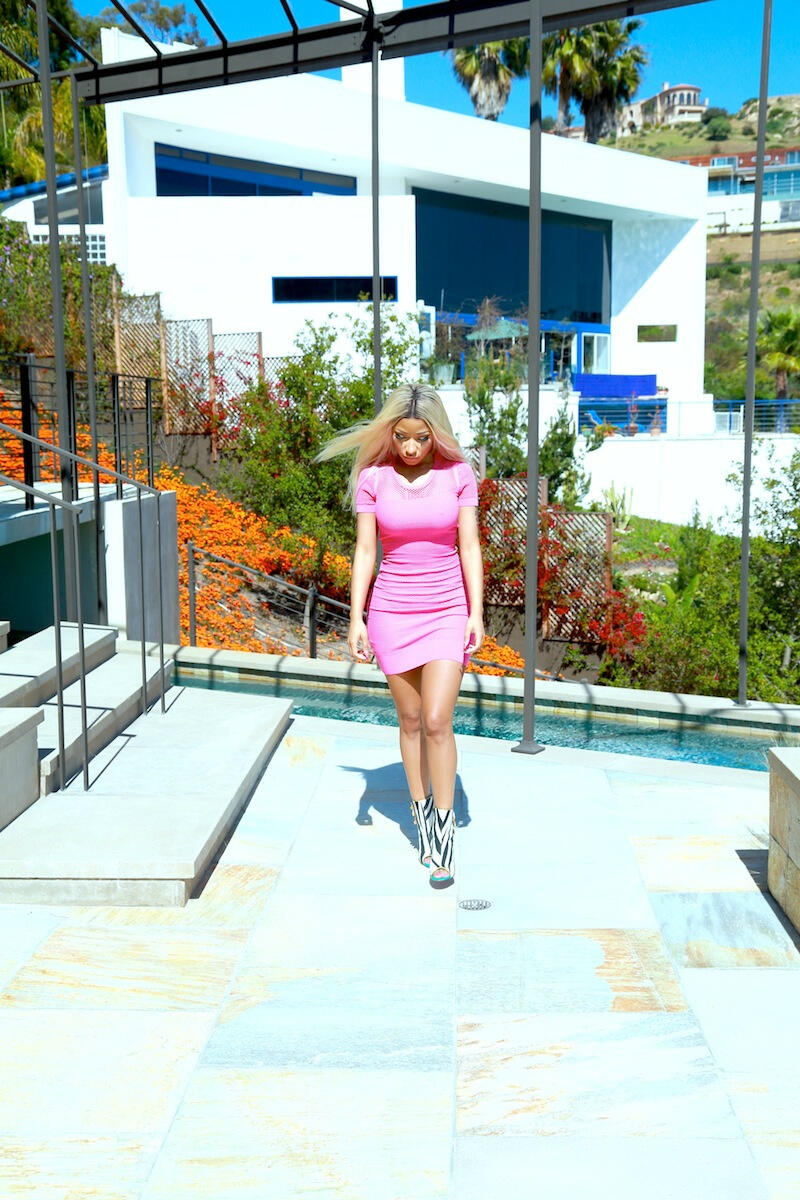 SHOE DIVA: NICKI MINAJ STYLE CANDID MCQUEEN PINK MINI DRESS & LOUBOUTIN HEELS - Diva Snap.com