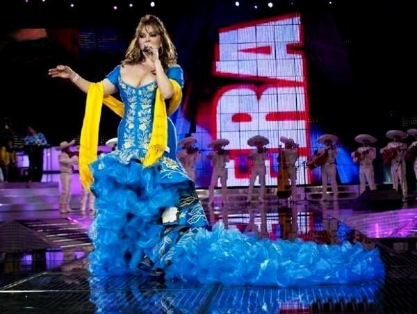 Jenni Rivera Siempre On Twitter La Diva Con Uno De Sus
