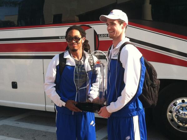 @FGCU_MBB @FGCUEagles showing off the new hardware http://pic.twitter.com/IVWGv69Ewi