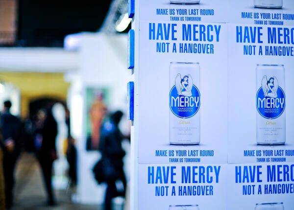 Twitter / DrinkMercy: Last day here at #fountainartfair ...