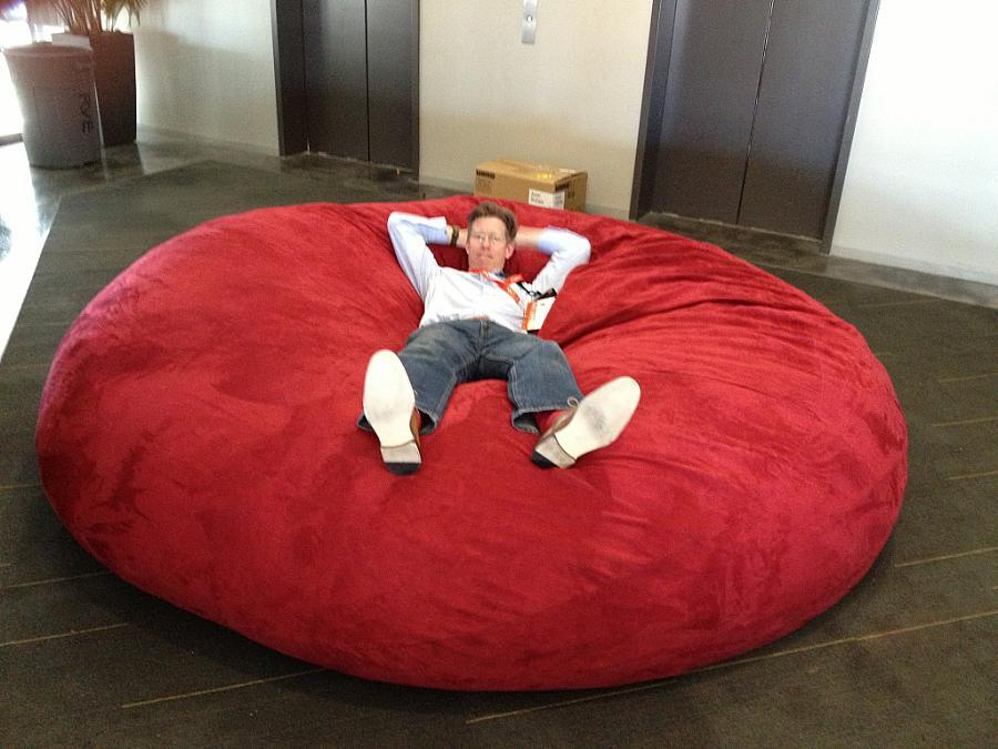 Amazing Tom Cheredar On Twitter Giant Bean Bag In The Elevator Unemploymentrelief Wooden Chair Designs For Living Room Unemploymentrelieforg