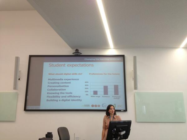 Twitter / suebecks: Jessica Poettcker @NUS talking ...