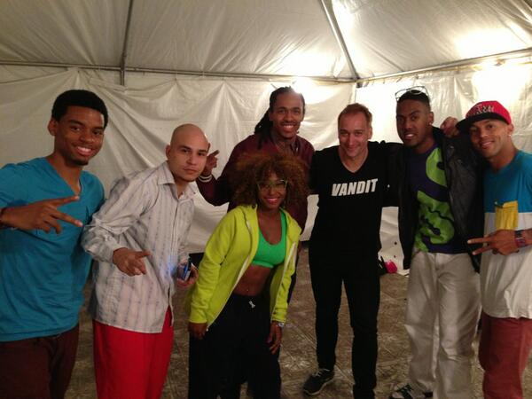 Twitter / paulvandyk: Miami, meet my dancers! #ULTRA15 ...