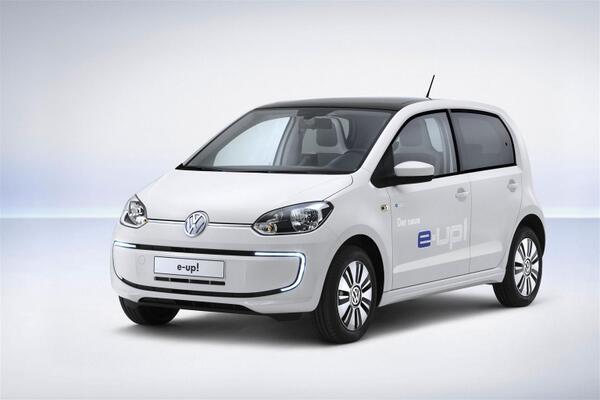 Salone di Francoforte: gli italiani vedono un futuro green per l'automobile.