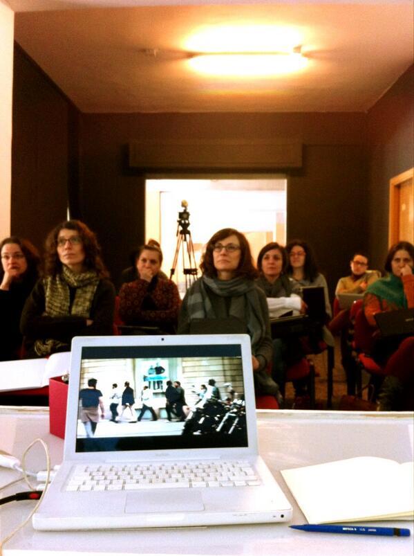 Watching videos #comunicateatro #potenza @GommalaccaT http://pic.twitter.com/J9Orp9hDXh