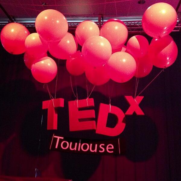 #TEDxToulouse c'est à fond les ballons ! http://0z.fr/4QEOn http://pic.twitter.com/au2DpyFheO