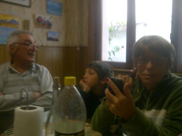 Twitter / Pablolopezfiori: #matias , la nona y el ...