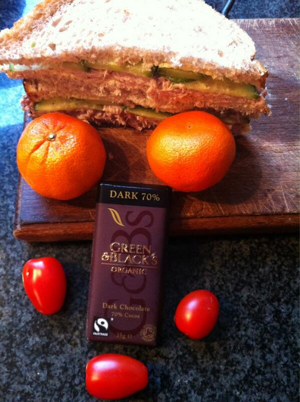 @guardian my 15-year-old son's packed lunch: tuna-cucumber sandwiches. And he loves dark chocolate. #GdnLunch http://pic.twitter.com/wf0Zrjov5t