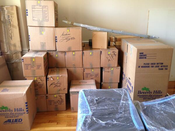Twitter / dreamawakener: Moving into my DC apartment ...