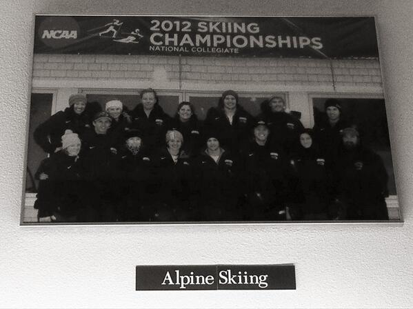 Meet @smcalpineski, my team here at #smcvt. It was awesome to be a 4-year athlete in @eisaskiing. #smcvttweettour http://pic.twitter.com/y2bPUAKPRH