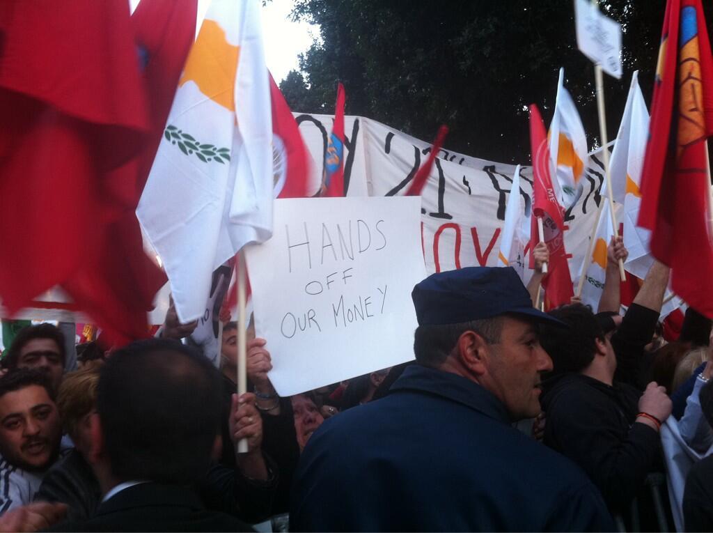 Manifestaciones anti corralito en Chipre
