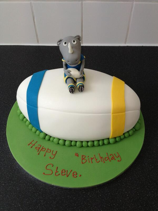 Birthday Cake For Ronnie : 1000+ images about Leeds Rhinos cakes on Pinterest ...
