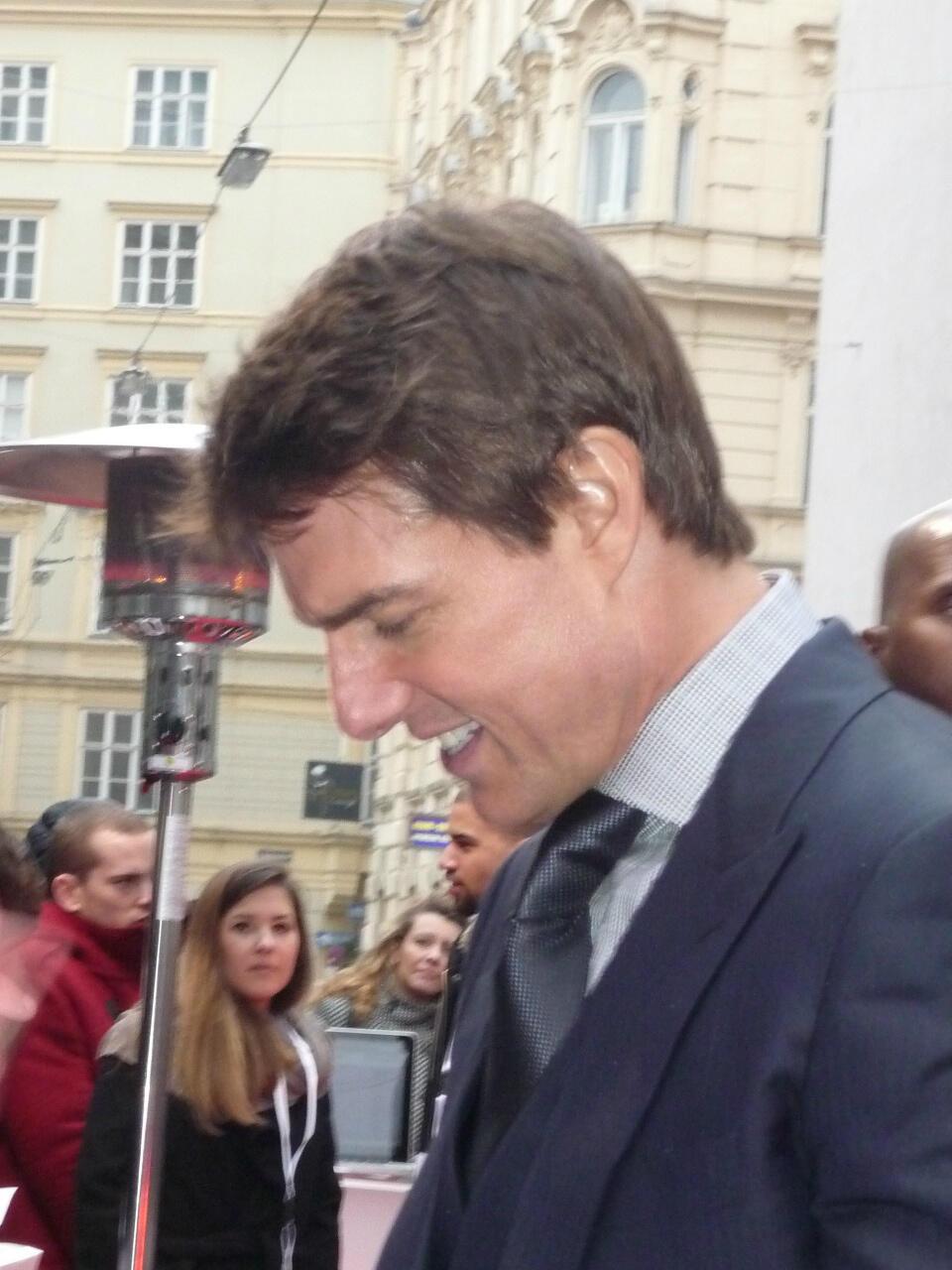 Twitter / Anita_Gh: Met @TomCruise at the red carpet ...