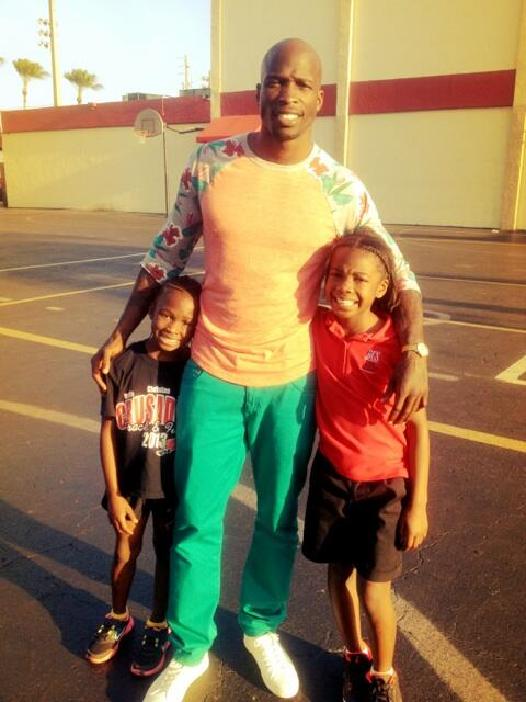 Twitter / ochocinco: With my daughters Cha'iel and ...