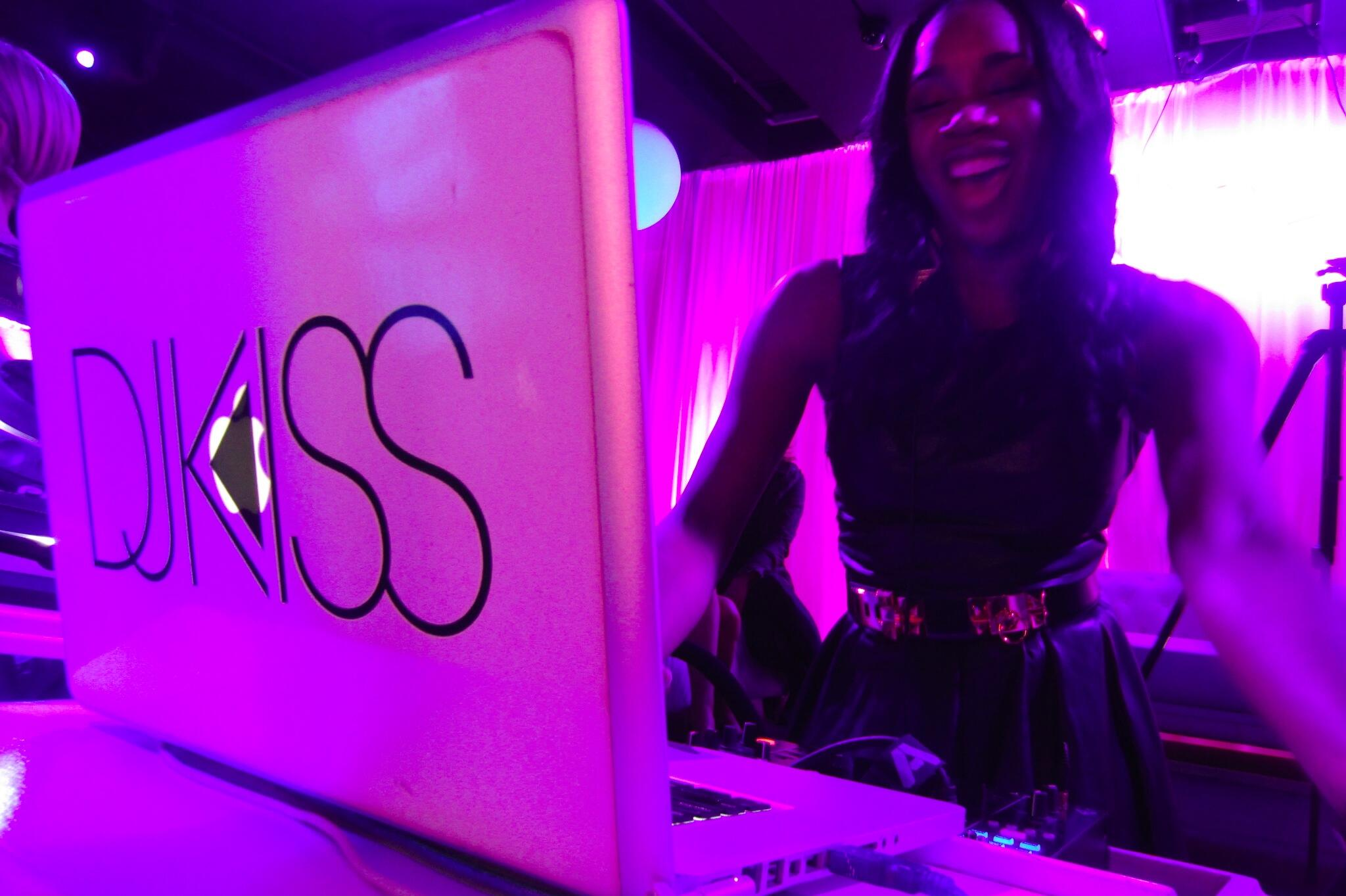 Twitter / SandyLeeTV: .@kissthedeejay rocked the ...