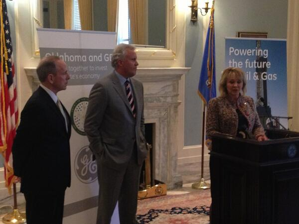 Jeff Immelt and OK Gov. Mary Fallin at GE announcement