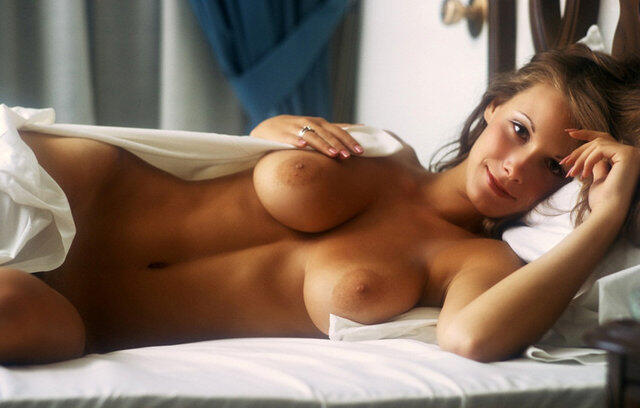 sexiest naked girl