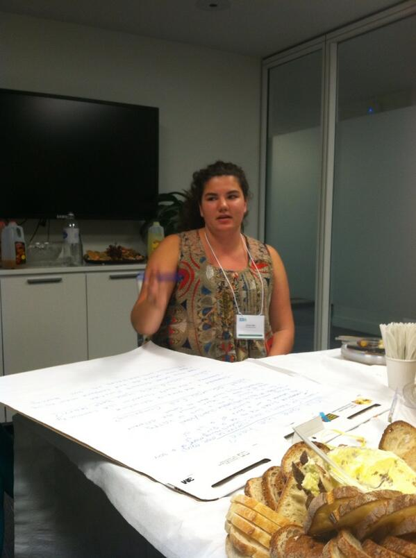 Youth participant (Ms. Emma) leading our discussion group #itournyc @goodIDEAfolks pic.twitter.com/XCFm5tFhgA