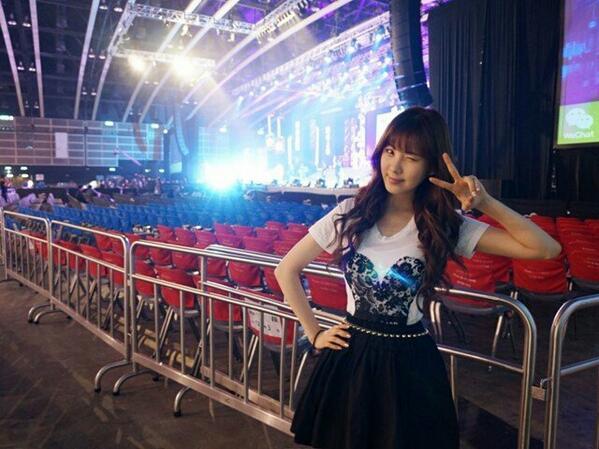 [PIC][23-03-2013]Selca mới của SeoHyun BGA43swCcAAW1qI