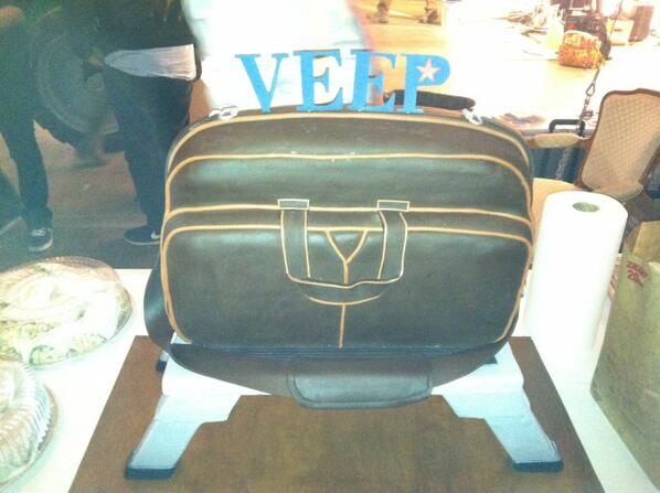 Tony Hale On Twitter A Leviathan Cake By Ace Of Cakes Love It Veep Http T Co Rrukm9raqt