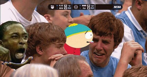 Lololol this is the funniest recreation of the pic I have seen so far. @Riley_Clayton @cryinguncfan http://t.co/0TtMitiz6S