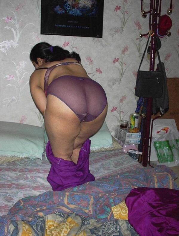 Tamil Girls Nude Pussy Washing